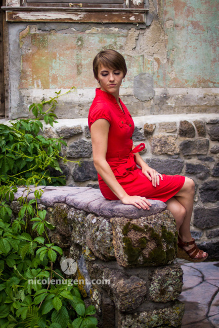 Fashion-PortraitPhotographer-RexburgIdaho-RedDress-Beautiful